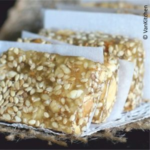 Kẹo Mè Xửng. Chewy jelly with peanut and sesame seed